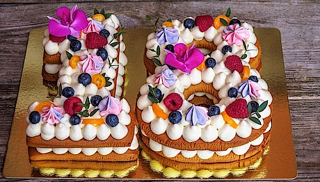 Naked Cakes und Numbercakes